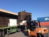 אדנים בפריקה מהמשאית