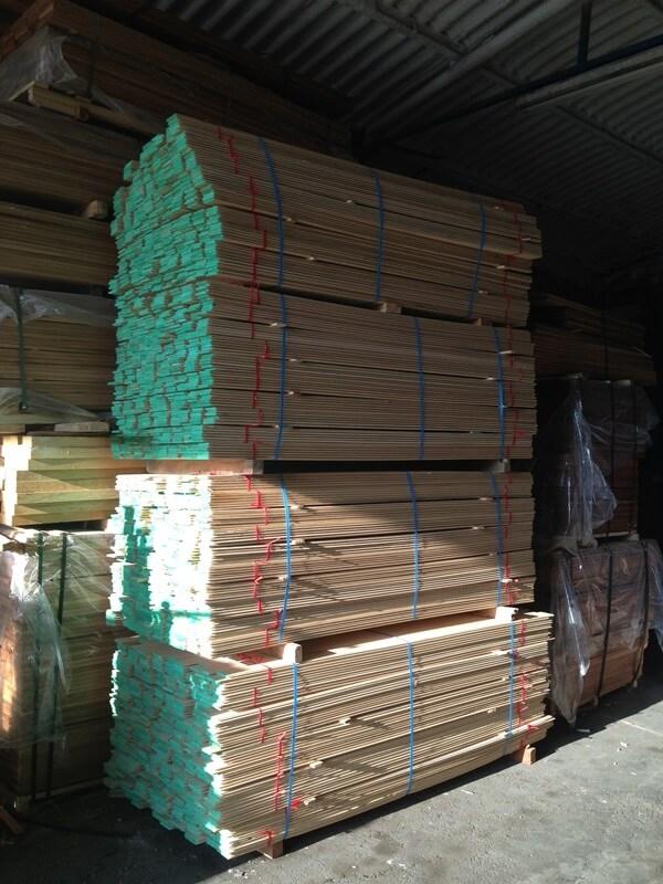 ציפוי לקיר סאונה מעץ