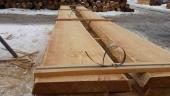 קורות למשטח עץ