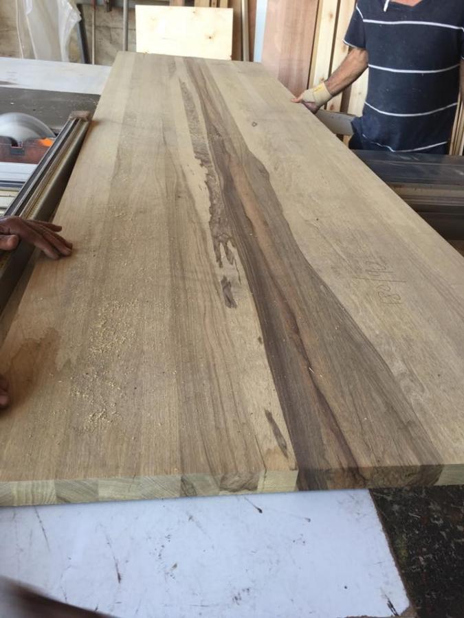 פלטת עץ אגוז טבעי
